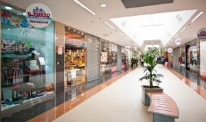 Šventės prekybos centruose